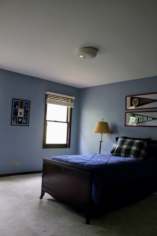 Lakewood bedroom 1 before