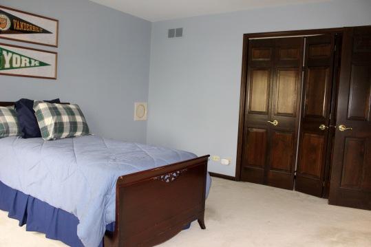 Lakewood bedroom 2 before